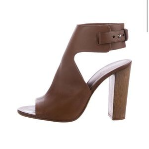1316eb16b9b Vince Shoes - Vince Addie Slingback Sandals